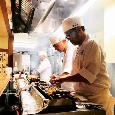 もつ焼坊っちゃん新津田沼店は、串焼き居酒屋でのアルバイトです!