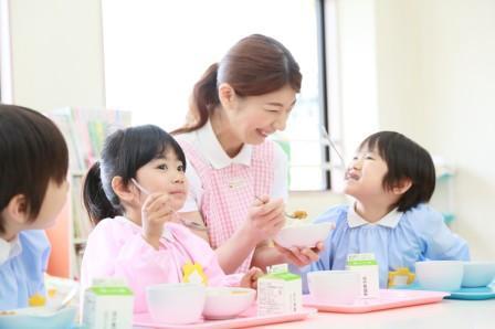 『りんりん保育園の厨房』名阪食品株式会社 大阪事業部(3734)の求人画像