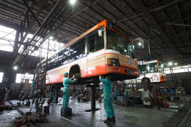 ≪姫路市、神戸市、三田市他≫[自動車整備士]整備業界有数の安定企業!長く働ける環境が整っています!