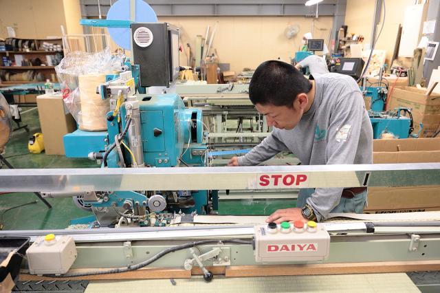 畳・襖の張替え作業!日本の伝統を守るお仕事です!