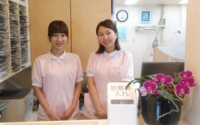 当院は阪急「十三」駅から徒歩8分♪より良い治療を目指してスタッフみんなでがんばっています!