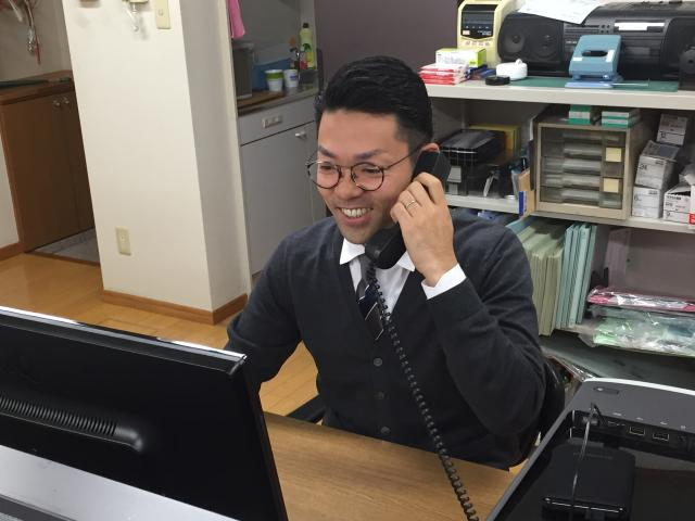 JR川越線「日進駅」南口から徒歩数分。 私服でお仕事できる職場です。