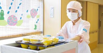 日京クリエイトのスタッフは20~50代女性が多数活躍しています♪チームワークを大切にしている職場です!