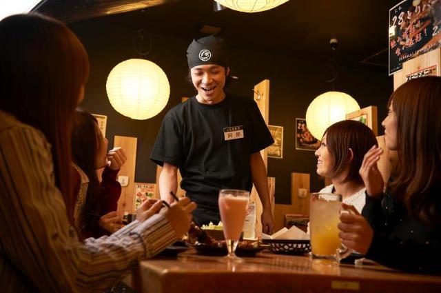 『いらっしゃいませ!』店内は気持ちの良い挨拶や笑顔がイッパイ! スタッフみんな、「トリキ」でしか出会えない仲間たちと一緒に頑張っています☆