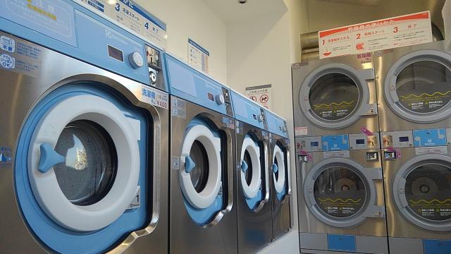今はまだコインランドリーの営業のみ。早く洗濯代行は始めたいです