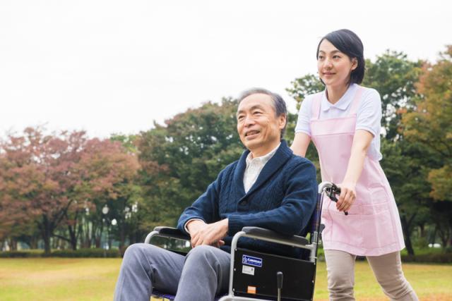 株式会社トラストグロース 新宿本社 第3営業部の求人画像
