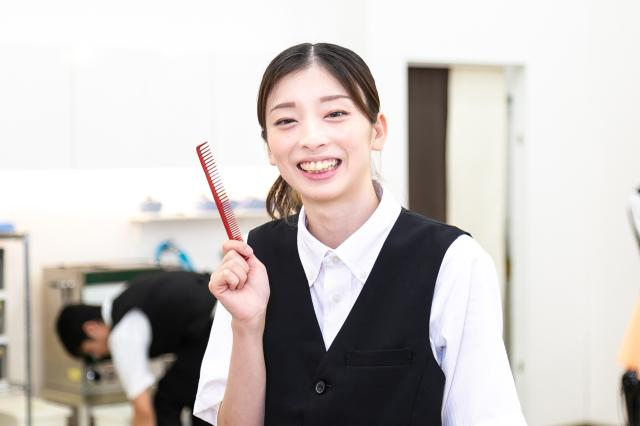 東莉彩さん