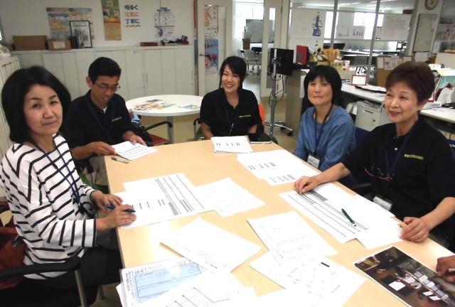【商品PRスタッフ】幅広い年代の男女スタッフが活躍中!